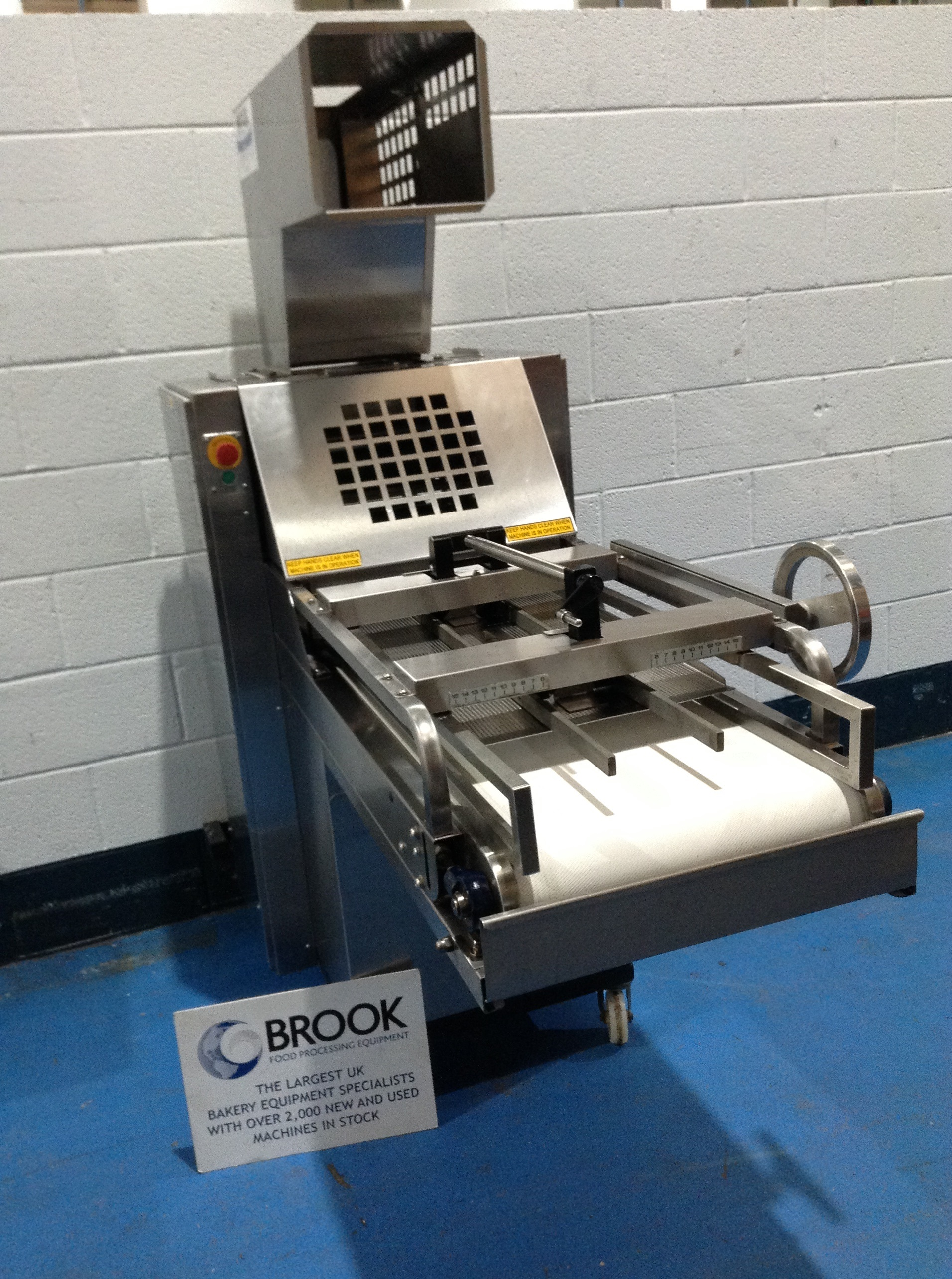 MONO METRO MOULDER, ALL STAINLESS, NEW BELT, INTERLOCK GUARD FOR HAND OR PLANT FEED, REFURBISHED