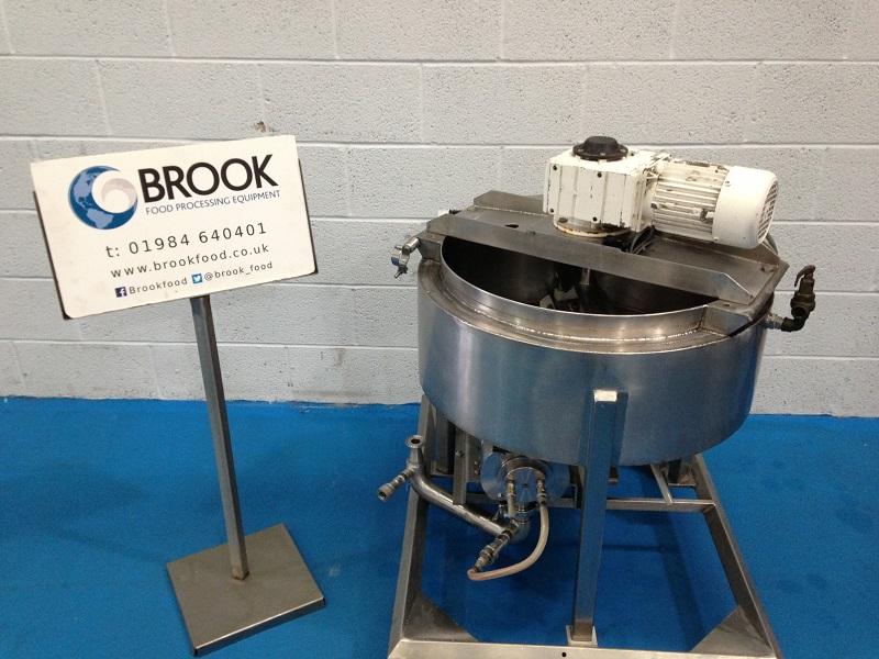 046248-60-kg-fondant-meting-tank-with-pump.jpg