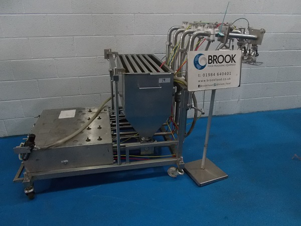 053439-apple-4-head-low-level-mr900-depositor-with-rotary-outlets-alb7950.jpg