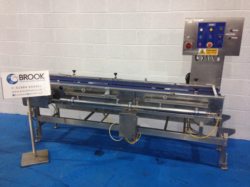 3m-twin-track-conveyor-with-air-and-sensors-cariable-speed-all-stainless-alb4450.jpg