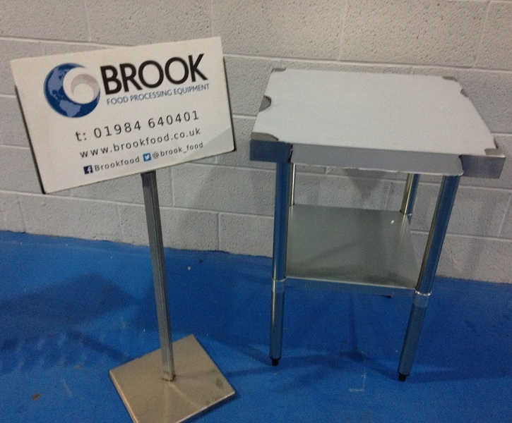ex-display-new-unused-600mm-x-600mm-tables-or-mixer-stands-alb165.jpg