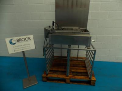 049838_DCA_FULL_TRAY_FLOAT_FRYER_WITH_TRAYS_ON_STAND_1850.JPG
