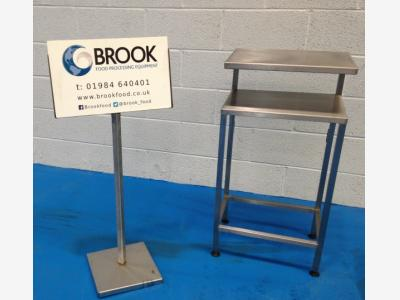 stainless-table-with-shelf-alb100.jpg