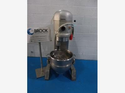 053466-hobart-h600-60lt-mixer-ungyarded-stainless-bowl-and-3-tools-good-ex-bakery-condition-alb3750.jpg