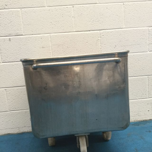TOTE BINS, LARGE QUANTITY IN STOCK, GOOD USEABLE CONDITION