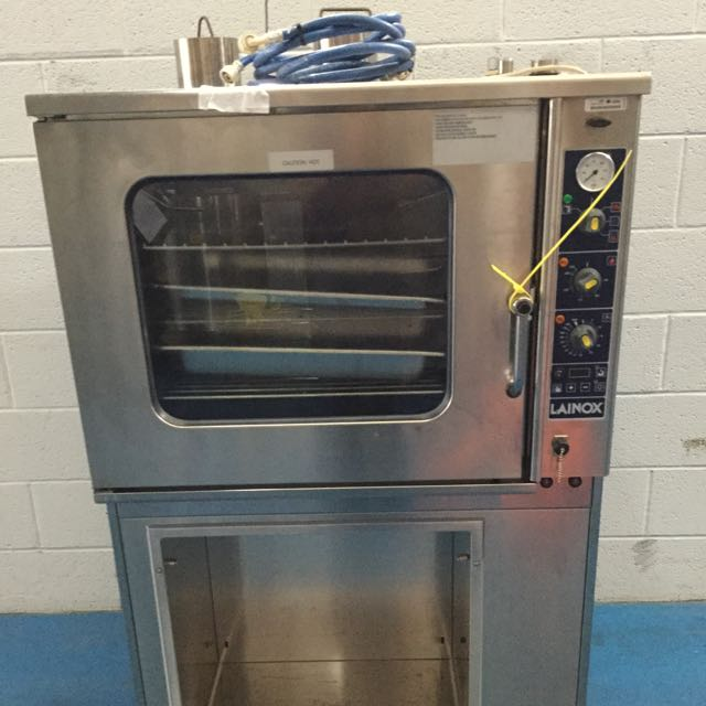 LAINOX 5 TRAY GAS COMBI OVEN ON STAND