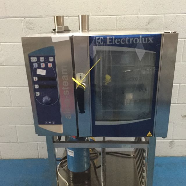 ELECTROLUX 6 TRAY COMBI OVEN