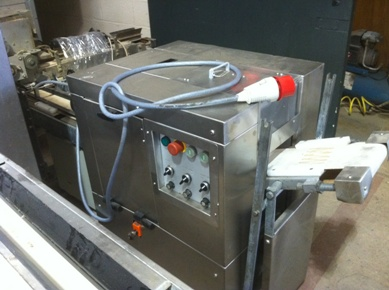 oddy-single-lane-plait-machine-all-stainless-alb7250-in-roll-plants-and-roll-moulder.jpg